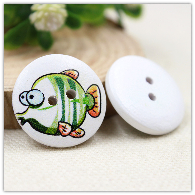 100pcs,20 mm cartoon fish manual DIY accessories Wood buttons , clothing accessories.FREE shipping.(China (Mainland))