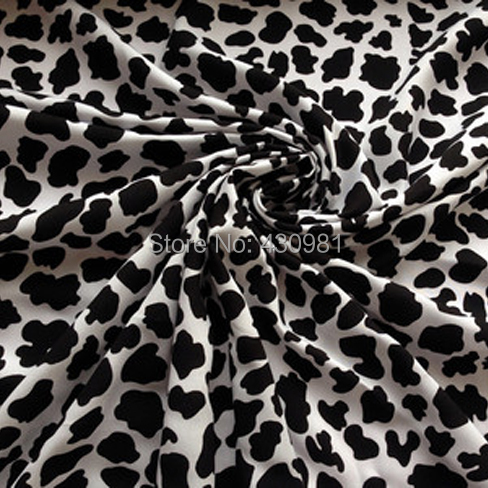 promotional 1 meter cotton material for baby clothing cute cow design poplin fabric for dress soft material for children clothes(China (Mainland))