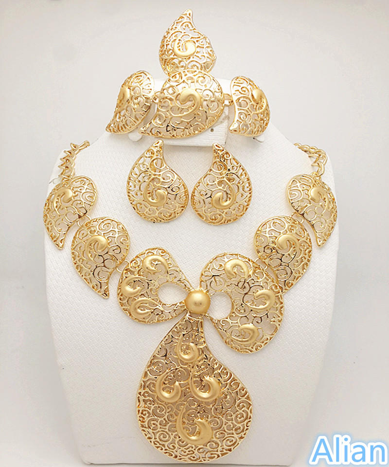 New Year Big Sales! 2016 new big Necklace earrings sets fashion dubai african 18K gold plated jewelry sets set(China (Mainland))