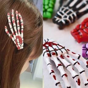 2pcs(one pair)Free Shipping Fashion skeleton claws skull hand hair clip hairpin Zombie Punk Horror hairwear hairpin bobby pin(China (Mainland))
