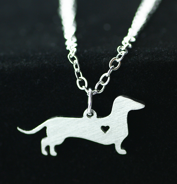 2016 Dachshunds animal model Stainless steel pendant necklace love dog Cute puppy dog The European and American fashion jewelry(China (Mainland))