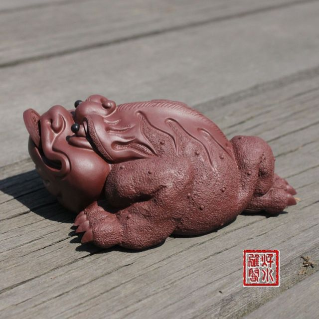 China boutique collection yixing red stoneware Tea pet Ornaments Toad(China (Mainland))