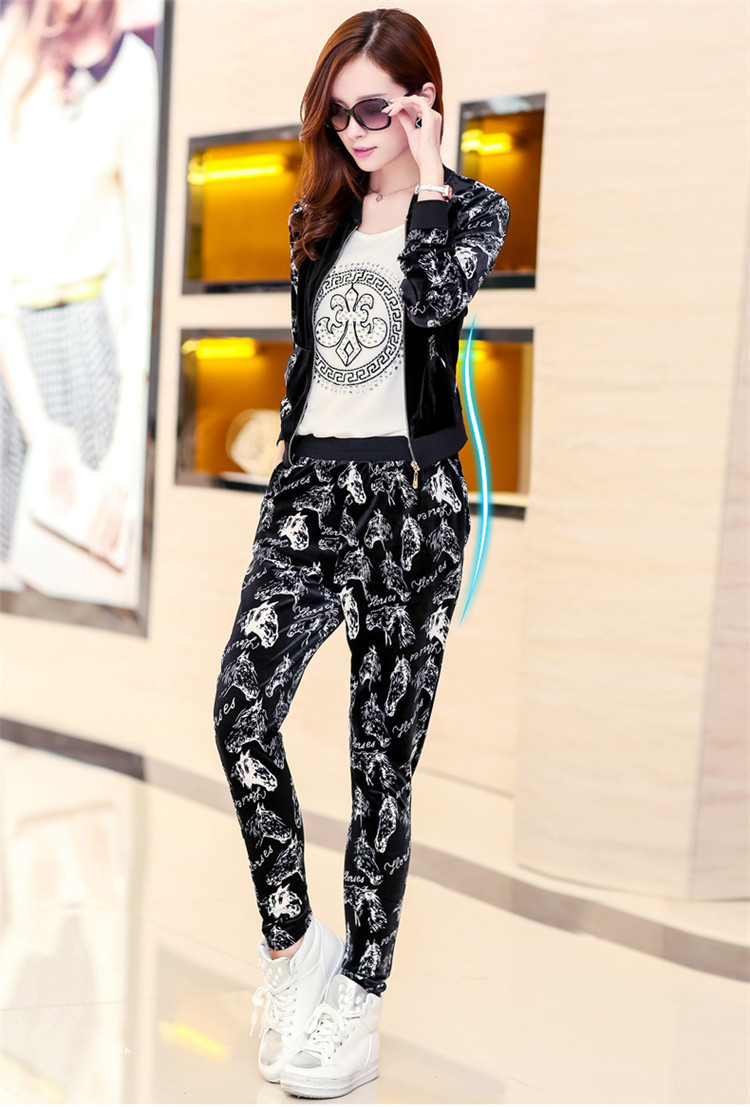 new large size women's winter floral gold velvet sport coat was thin loose casual sports suit S-9XL(China (Mainland))