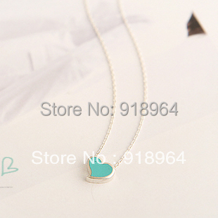 A014 Fashion Jewelry Alloy Blue White Pink Heart Pendant Necklaces(China (Mainland))