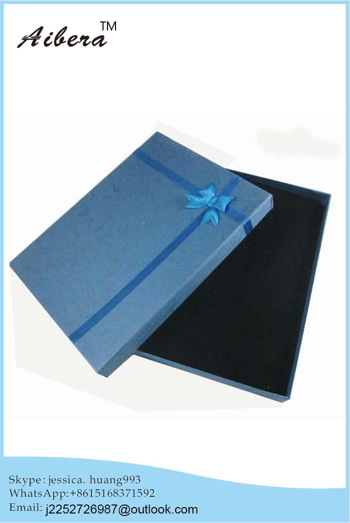 Direct Factory Price Garment and Clothes Elegant Rigid Paper Box for Gift Packaging(China (Mainland))