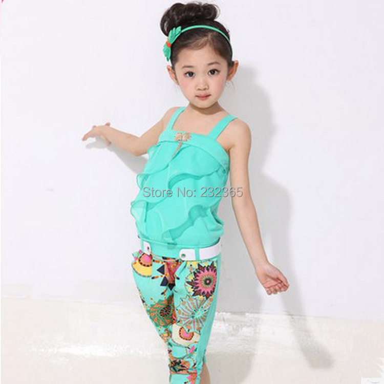 Retail Children clothing set 2014 new girls tank top with metallic bowknot+floral print trousers kids girls summer suit set(China (Mainland))