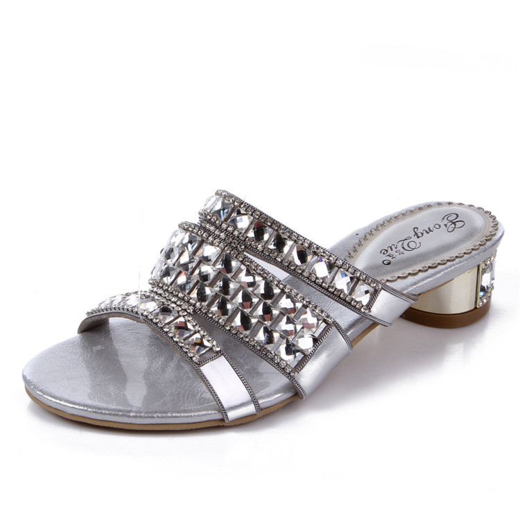 Sheepskin Rhinestone Slippers New 2015 Diamond Female Silver Thick Heel Leather Sandalias Mujer Small Size 33 Brand Shoes Woman