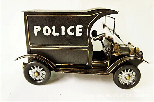 Metal iron police car model iron crafts furniture ornaments(China (Mainland))