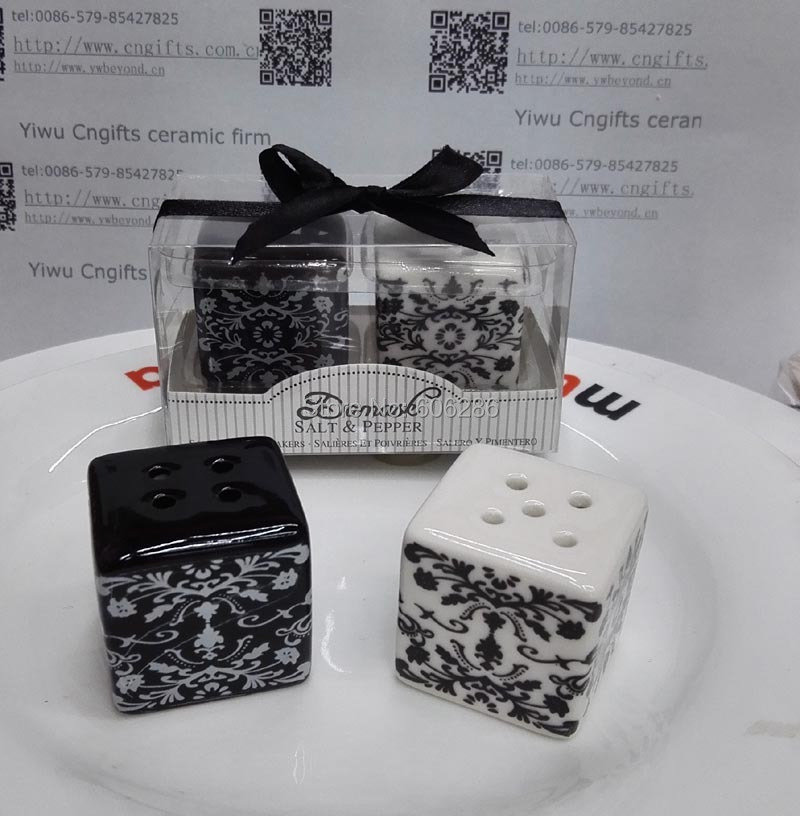 30pairs Lot 60pcs Wedding Return Gifts For Guest Damask Ceramic Salt And Pepper Shakers In