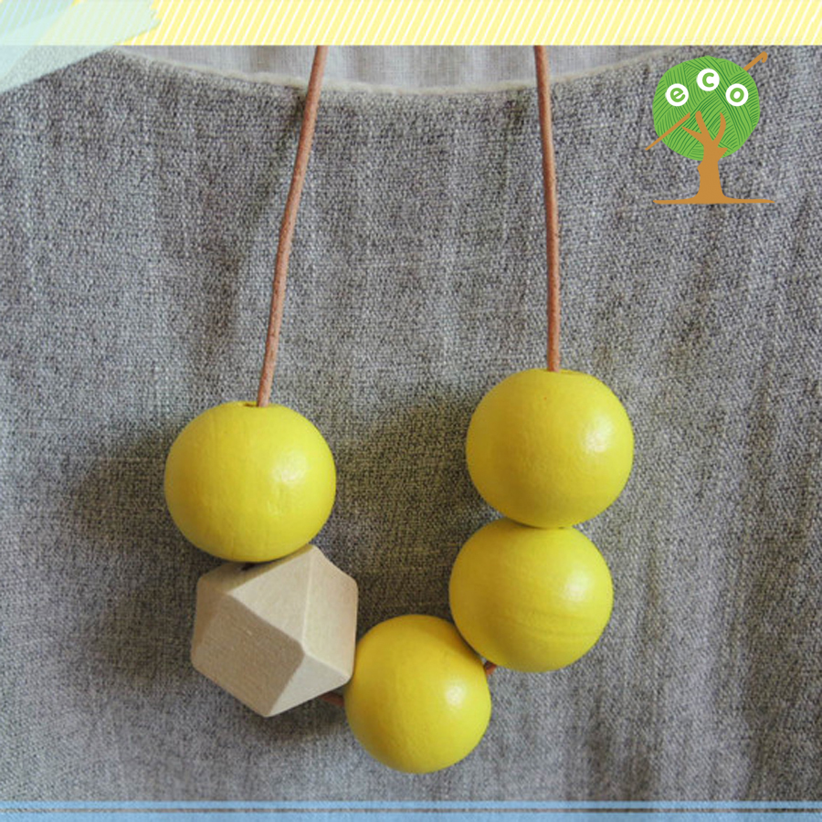 1pc sale Hand painted Yellow necklace with Geometric Beaded wood necklace unique necklace gift NWr1822(China (Mainland))