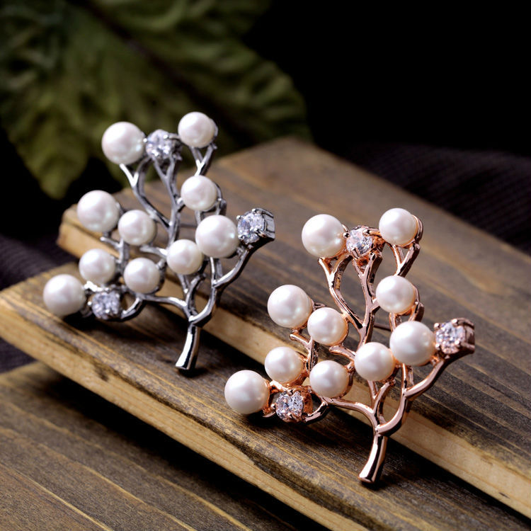 Grapes Shape Brooch Handmade Bohemia Style Pearl Jewelry New Look Fashionable Dazzle Individual Atmospheric For Women(China (Mainland))