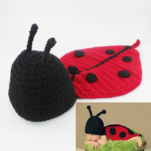 Baby Photography Props Newborn Infant Crochet Ladybug Hat and Cover Set Handmade Animal Beanie with Cape H017