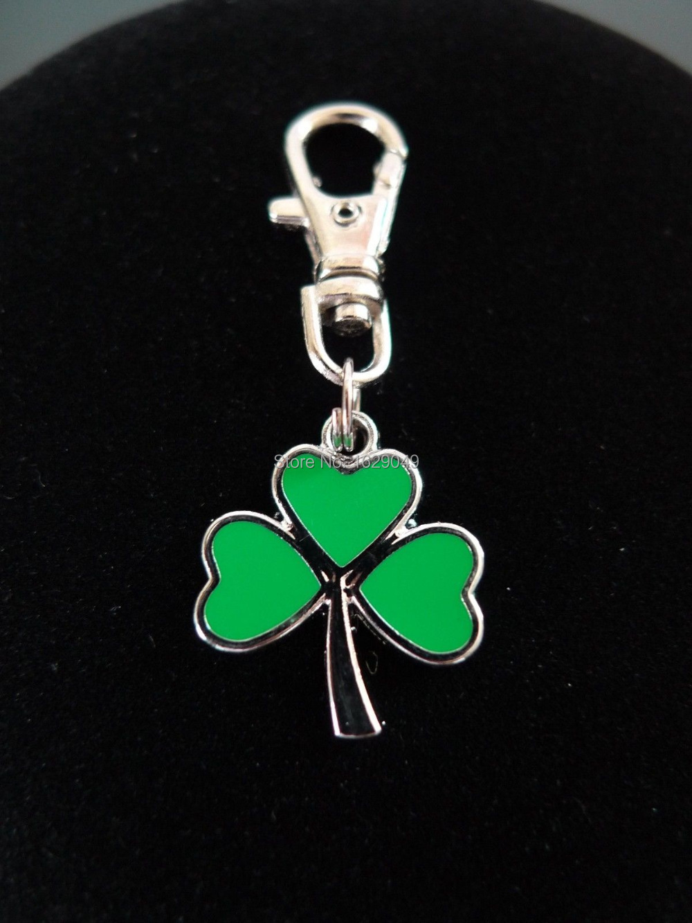 Fashion Vintage Silvers GREEN 3-LEAF CLOVER IRISH SHAMROCK TRINITY Lobster Swivel Clasp Key Chain Ring Accessories 20PCS Y507(China (Mainland))