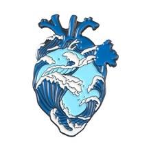 Organo Del Cuore Dello Smalto di Spille Stellato Cuore Coraggioso Gatti Assetati di sangue Abbraccio Spille Regalo Dei Monili Sacchetto di Vestiti del Risvolto Spille Badge Medico Medico(China)