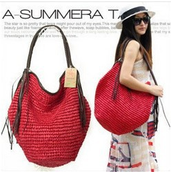 2014 with a small chili factory wholesale Korean Octopus Crochet straw bag, shoulder bag fringed Beach(China (Mainland))