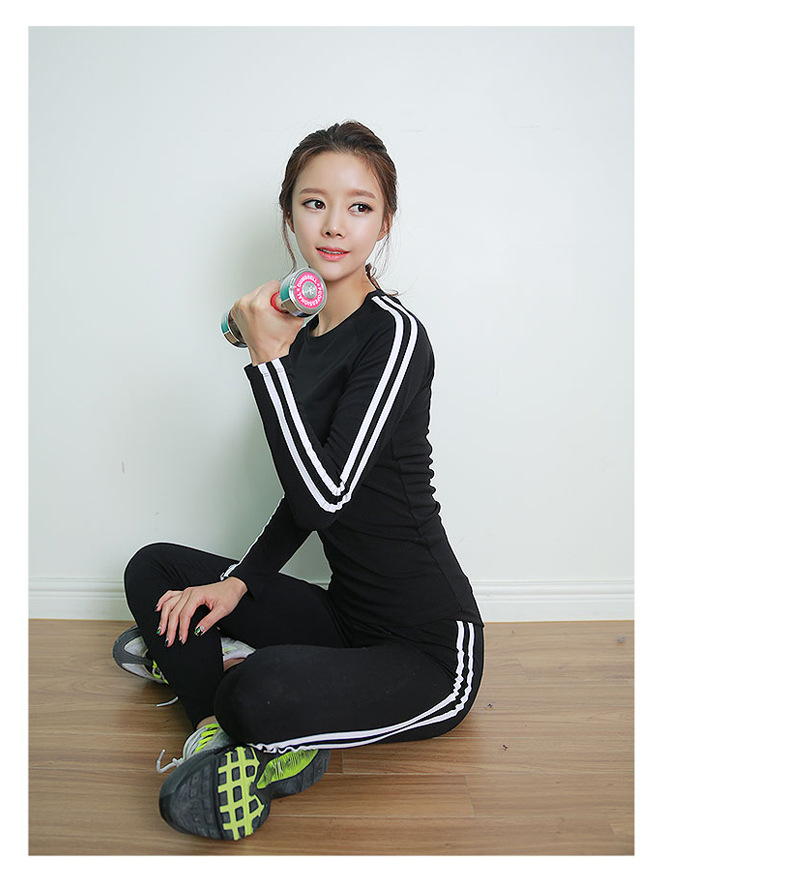 High Quality Autumn Women Two Striped Fitness Workout GYM  Running Sets 1 PCS T-shirts+ 1 PCS Pants with Quick Dry Materials<br><br>Aliexpress