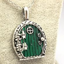 free shipping Green Hobbit Door Locket Pendant Chain Necklace Movie Jewelry Wholesale And Retail