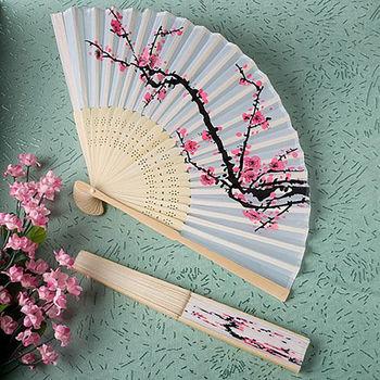 2015 Summer Women Girl Dancing Fan Elegant Plum Blossom Flower Print Folding Hand Fans Designer White Polyester Fans