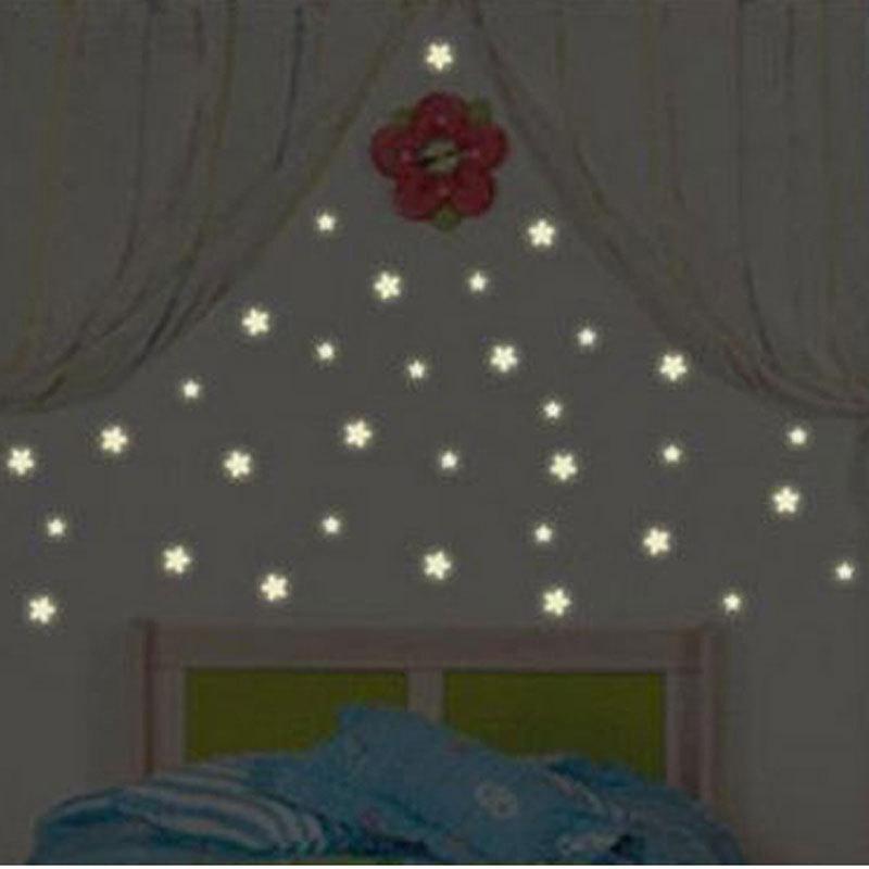 100pcs kids bedroom beautiful fluorescent glow in the dark stars wall