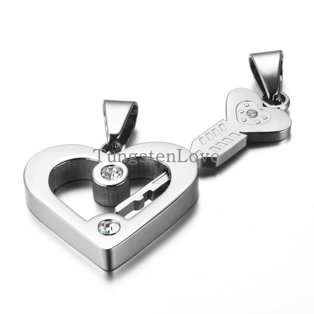 "Fashion Stainless Steel ""Cupid's Arrow"" Couple Lovers Heart Key Pendant Necklaces Set Colour Silver Valentines Xmas Gifts-1 pair(China (Mainland))"