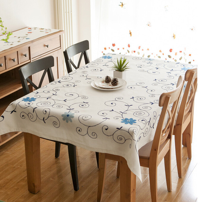Small fresh flower gremial rustic fabric tablecloth dining table linen gremial fluid lu embroidery table cloth(China (Mainland))