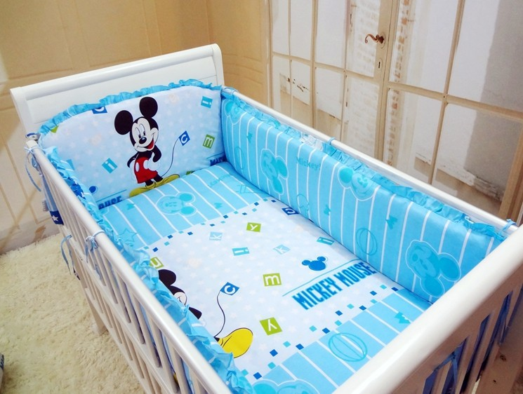achetez en gros mickey mouse literie b b en ligne des grossistes mickey mouse literie b b. Black Bedroom Furniture Sets. Home Design Ideas