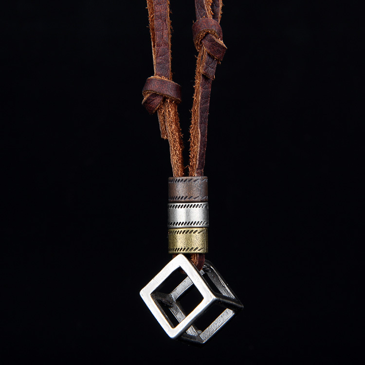 100% Genuine Leather Necklace Punk Vintage Jewelry Cube Box Pendant Necklace CLPS034(China (Mainland))