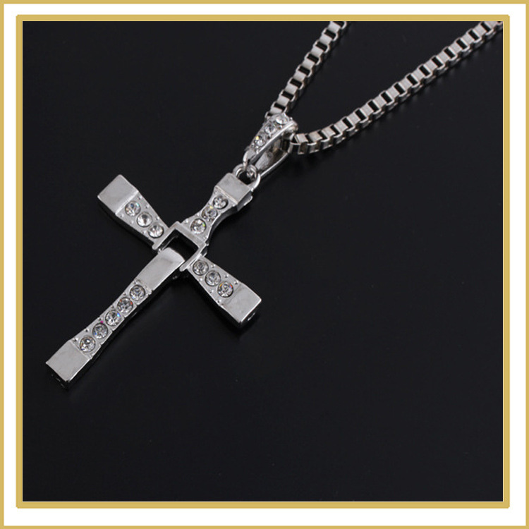 The fast and the furious 7 2015 Leading role with set auger cross pendant hard gas actor Dominic jewelry necklace(China (Mainland))