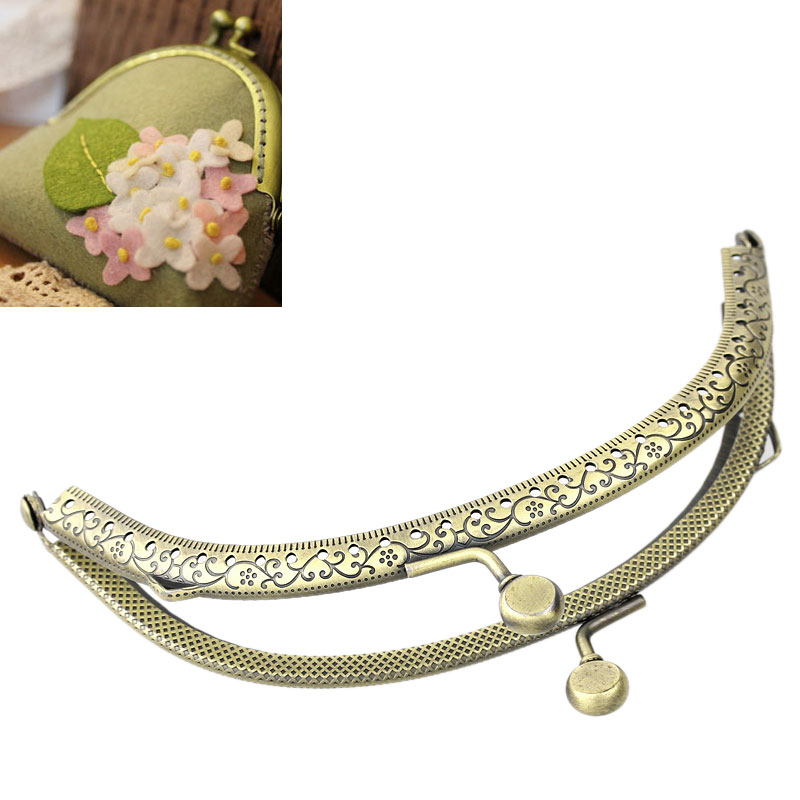 3PCs Retro Purse / Handbag Frame Kiss Clasp Lock Antique Bronze Tone Fashion DIY Bag Accessories 13cm x7.5cm B31697(China (Mainland))