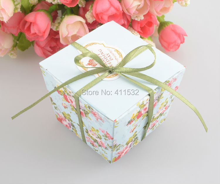 100 Pcs/lot Blue/Pink Floral Flower Trapezoid Wedding Favor Candy Boxes Gift Sugar Box With Ribbons BO42212(China (Mainland))