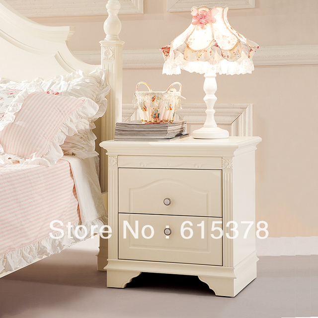 Wooden the pastoral bedside cabinet, wooden white lockers, wooden table lamp cabinet