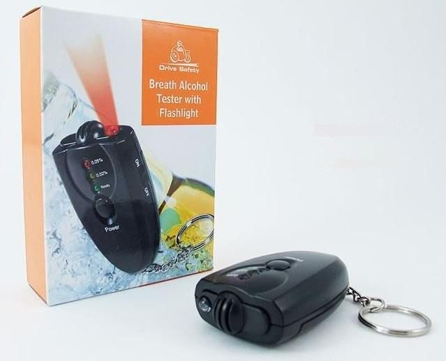 250pcs/lot Keychain Digital Breathalyzer Alcohol Analyzer Breath Tester LED Flashligh Key chain Black with retail package(China (Mainland))