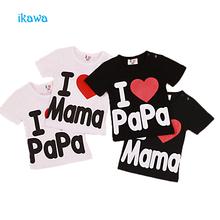 Детские мальчики девочки с коротким рукавом футболки, летние детская одежда, хлопок письмо печатные черный белый младенческой топы тис, я Люблю mom & dad(China (Mainland))