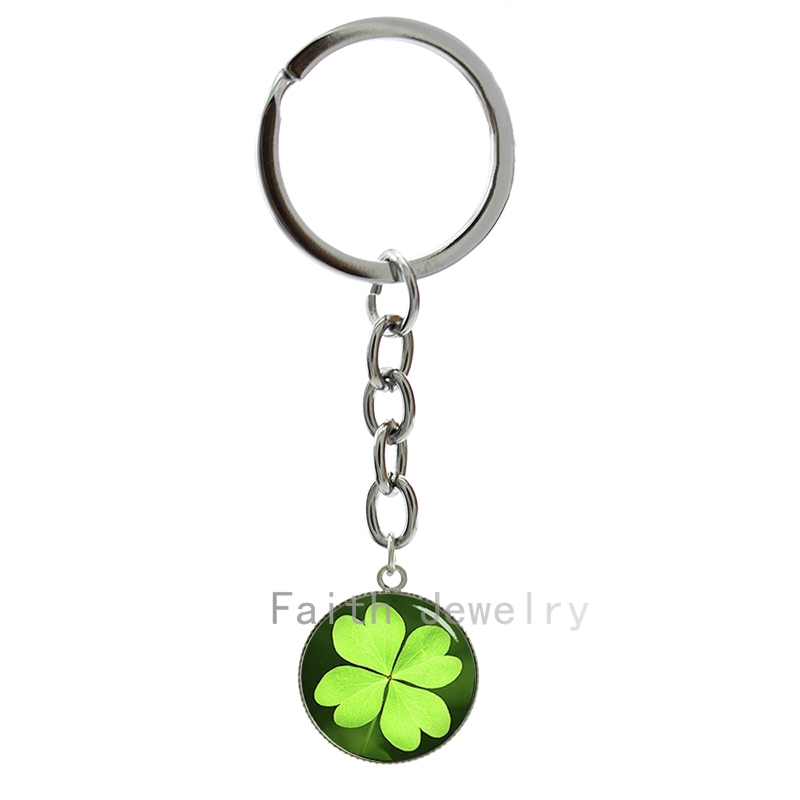 Romantic Spring style fresh green Four Leaf Clover keychain charming nature plant shamrock key chains lucky symbol jewelry 1197(China (Mainland))
