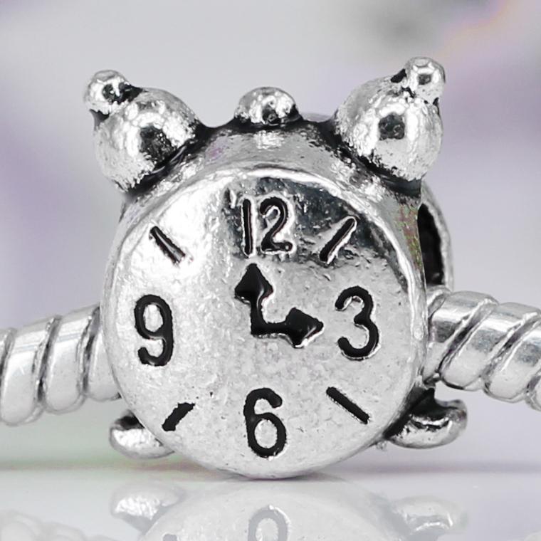 Newc Alloy Bead Charm European Vintage Small alarm clock Silver beads Fit Women pandora Bracelets & Bangle DIY Jewelry B55(China (Mainland))
