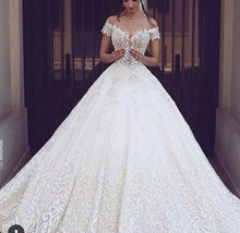 Luxury Ball Gown Wedding Dress 2017 Full Embroidery Royal Train White Lace Bridal Gowns Sexy V Neck Short Sleeves Long Dress(China (Mainland))