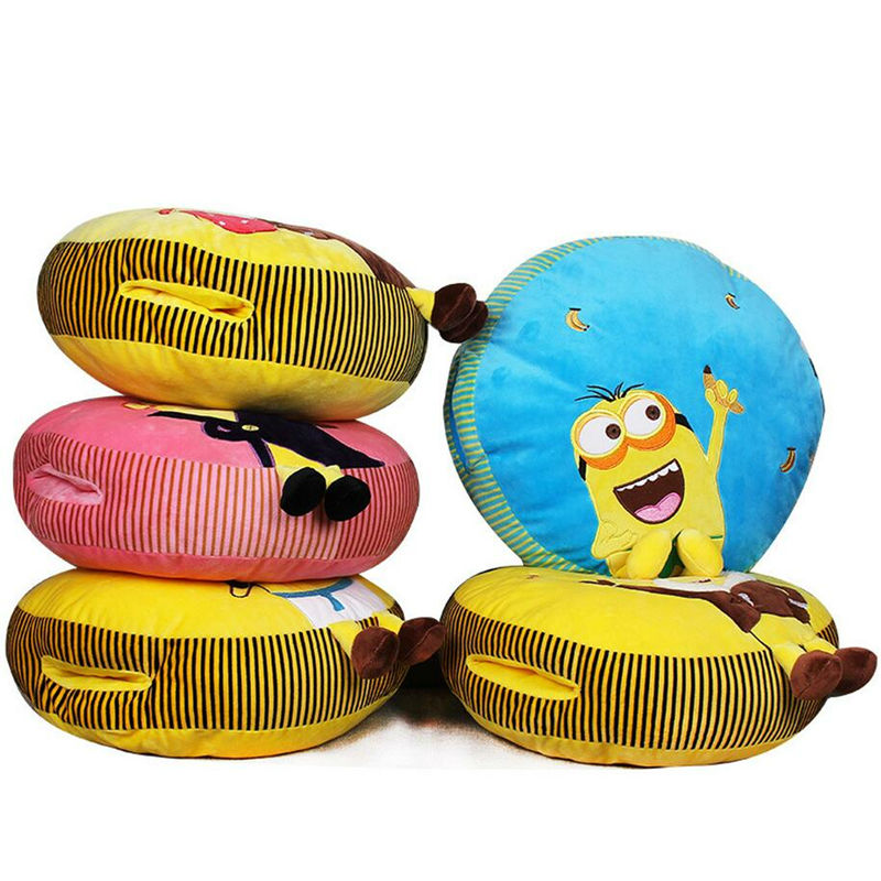 2016 NEW Despicable Me 3D Eyes Minions Hold Pillow Home Decoration Children Stuffed Toy Creative Gift for Baby Retail(China (Mainland))