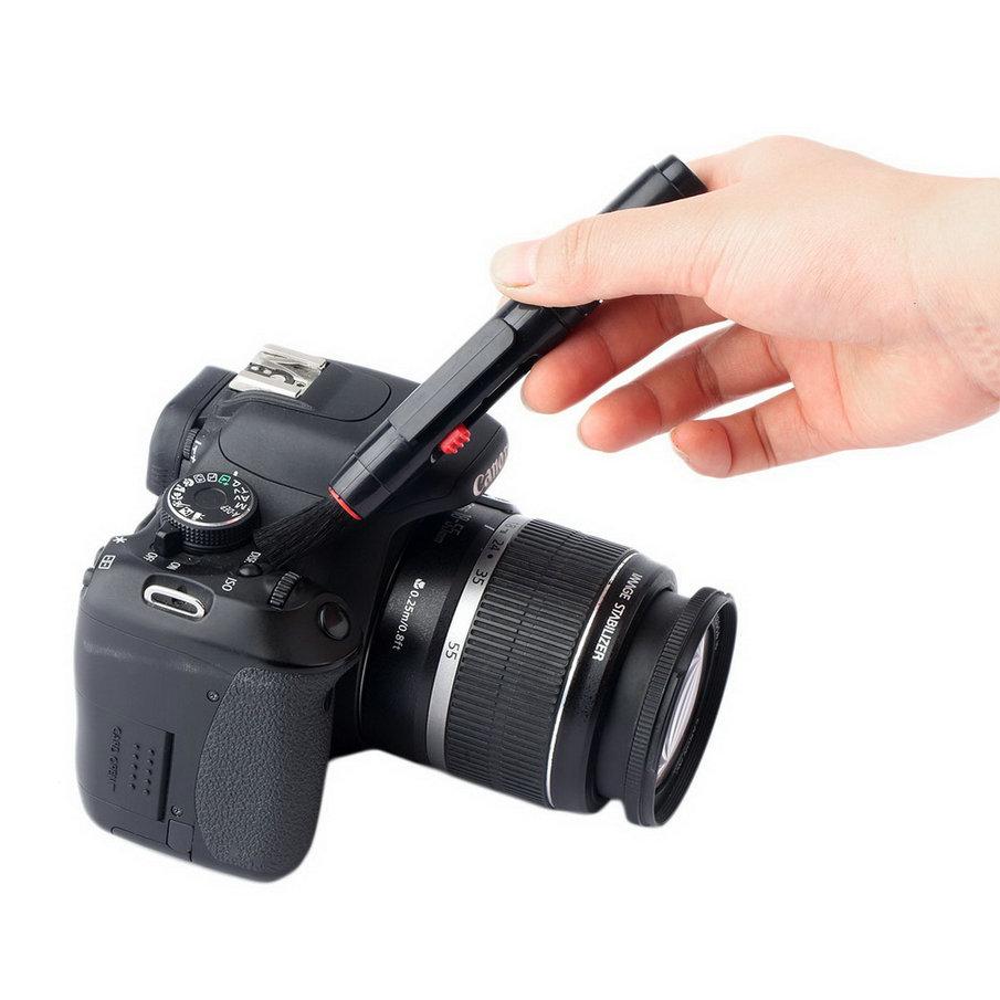 New hot selling Black Lens Clean Pen 3 in 1 Kit Dust Cleaner For DSLR VCR