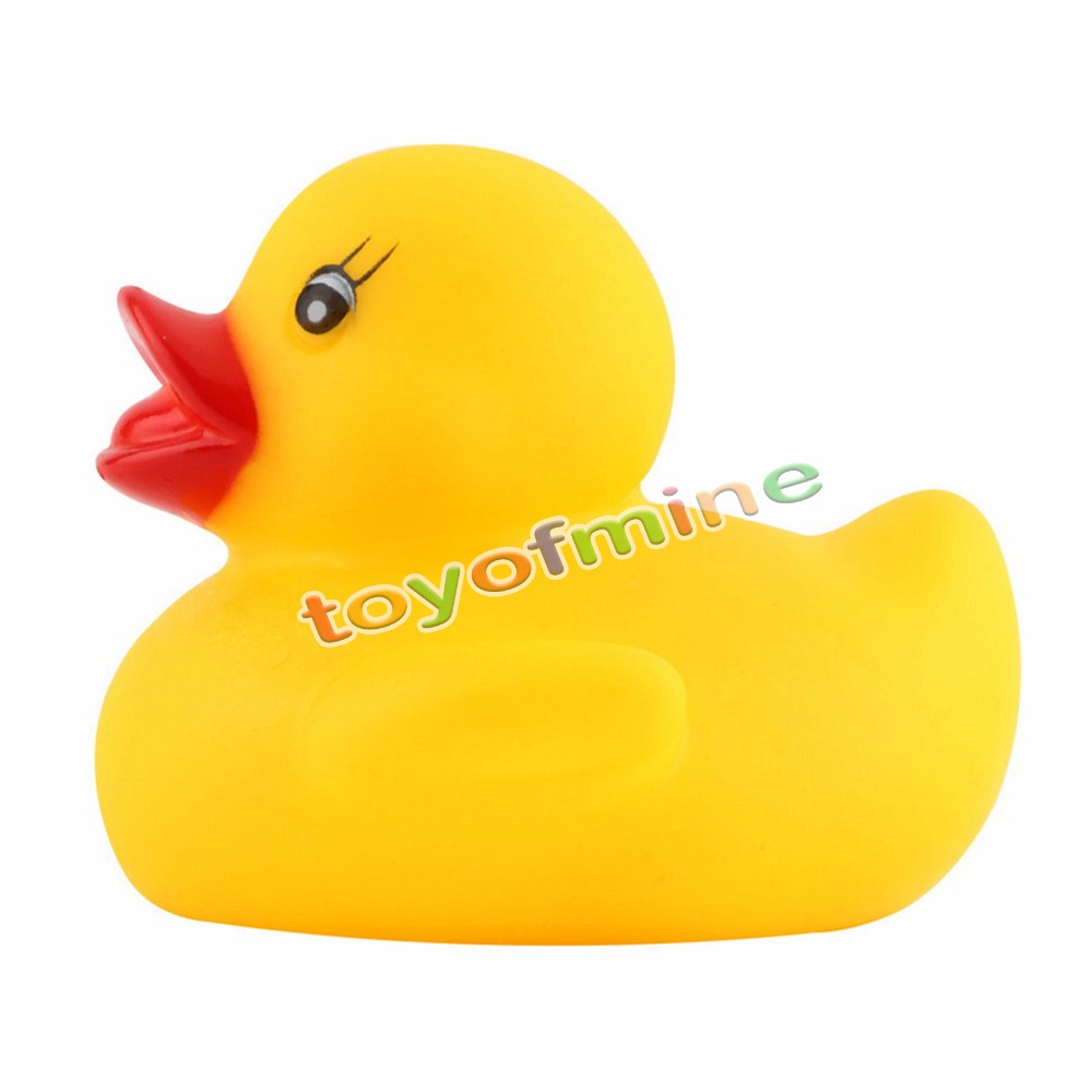 1PCS Yellow Baby Kids Children Bath Toy Cute Rubber Race Squeaky Duck Ducky(China (Mainland))