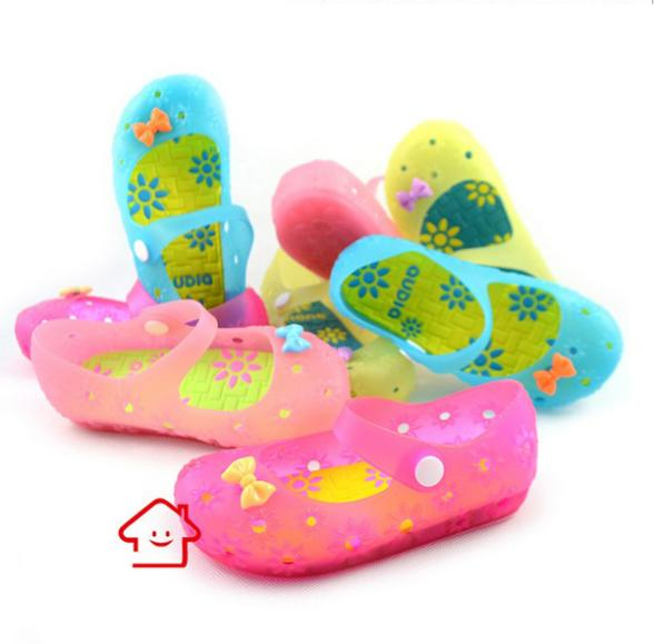 Kids shoes 2014 girls candy color sandals child summer princess jelly cartoon light - Online Store 723571 store