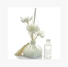 FREE SHIPPING PURISM STYLE ROMANCE RETRO VINTAGE FRAGRANCE SOLA FLOWER ESSENTIAL HOMELIVING DECORATION GLASS REED DIFFUSER(China (Mainland))