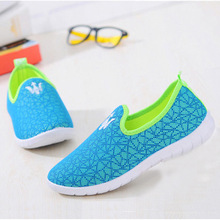 New Fashion Summer Casual Shoes Women  Mesh  Upper Outdoor Sport Leisure Portable Breathable Anti-skid  Flat Beach Shoes