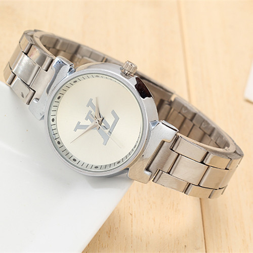 Waterproof brand quartz watch, fashion ladies watch. High-grade leather strap, luxury jewelry gift table, free shipping.(China (Mainland))