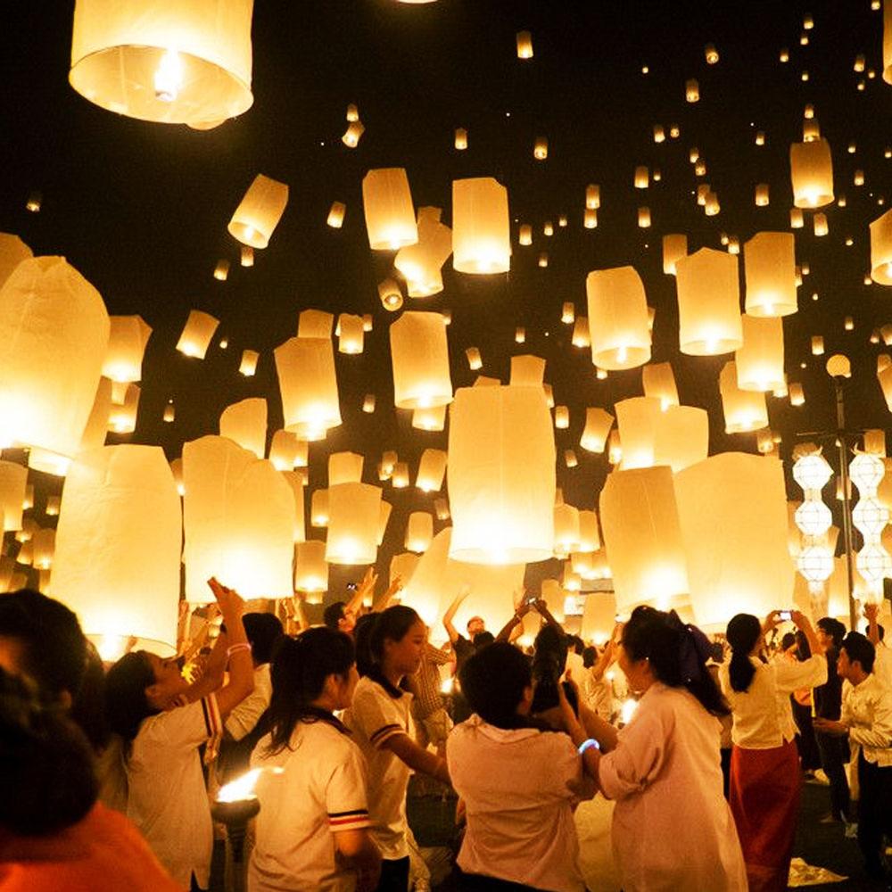 10pcs White Paper Chinese Lantern Sky Flying Wishing Lamp Hot Air Balloon Kongming Lantern For Birthday Wedding Party Decoration(China (Mainland))