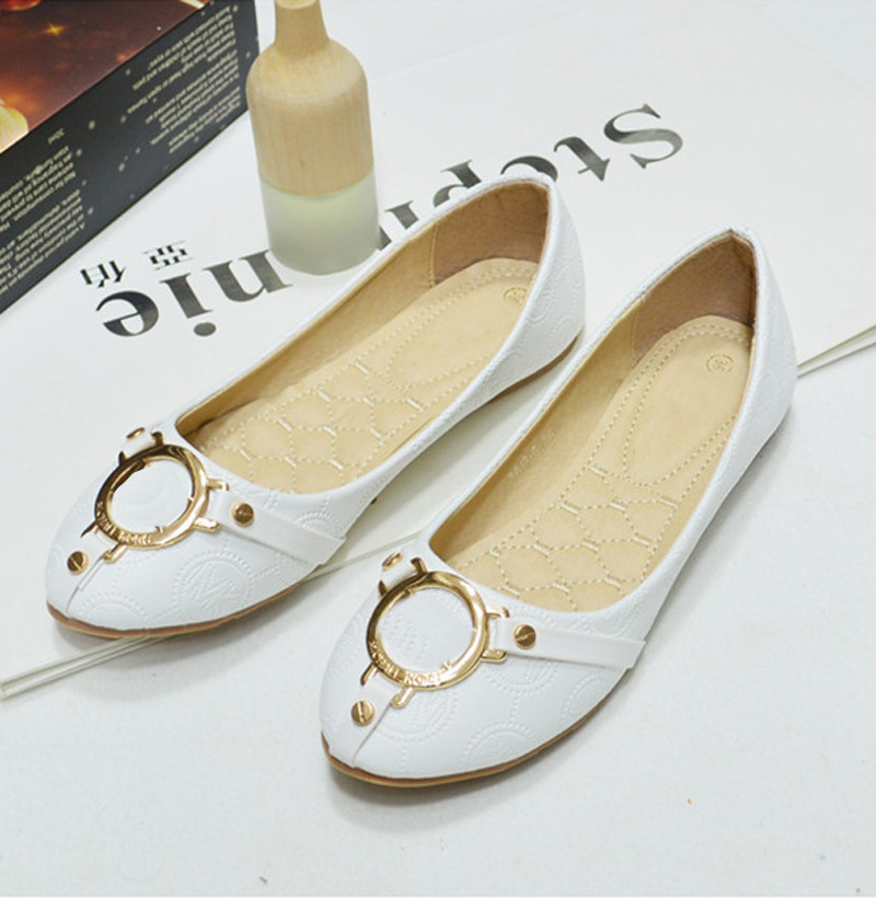 The new autumn and the wind round the streets of flat shoes leisure shoes with flat