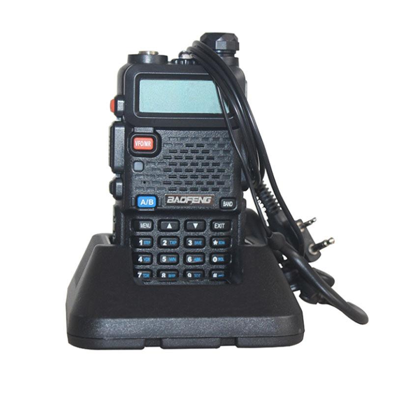 New models 2015 Hot Portable radio Baofeng UV-5r two way radio walkie talkie Baofeng 5W VHF 136-174 dual-band 400 - 520 MHz(China (Mainland))