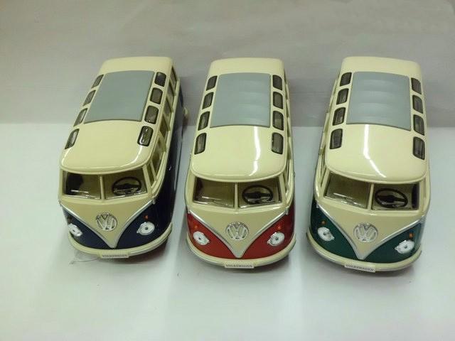 Diecast minibus alloy car model toy 1:24 KT open the door school bus(China (Mainland))