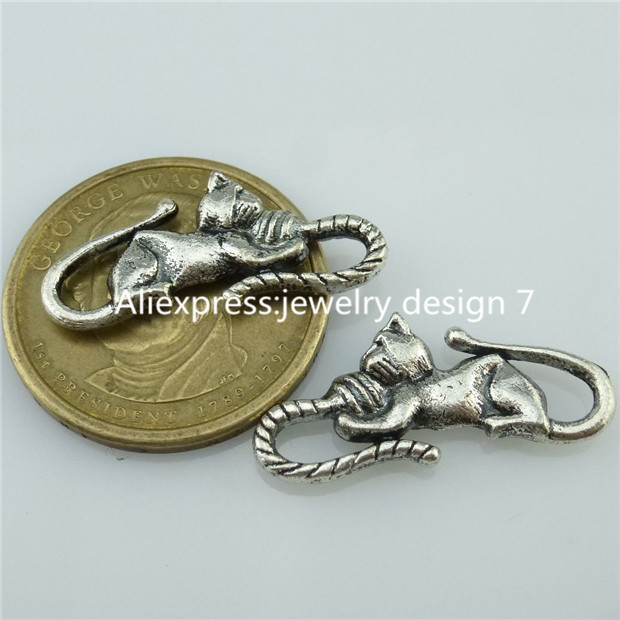 Free Shipping 14381 20PCS Mini Alloy Antique Silver Animal Cute Ball Cat Pendant Connecter(China (Mainland))