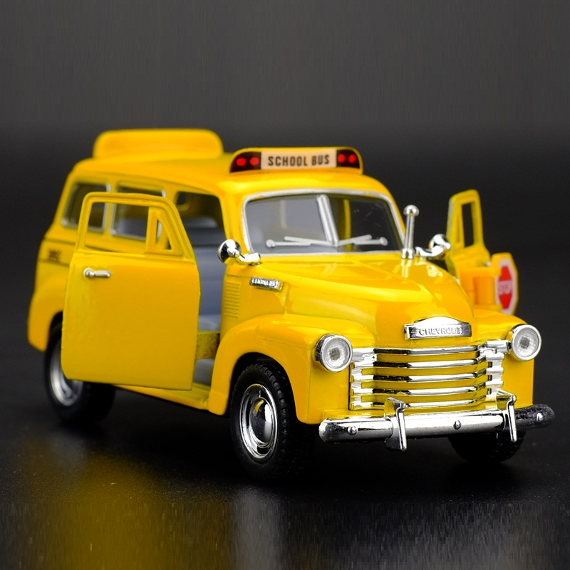 High Simulation Exquisite Diecasts&Toy Vehicles KiNSMART Car Styling Chevrolet SUBURBAN 1950 School Bus 1:36 Alloy Diecast Model(China (Mainland))