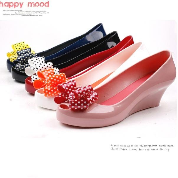 Fashion bow jelly sandals womens summer rain shoes wedge sandals shoes melissa plastic shoes free shipping(China (Mainland))